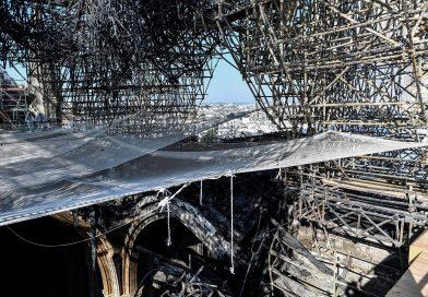 Notre Dame geschmolzenem Blei aufgefordert deep clean für Schulen